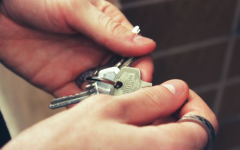 Does Renters' Insurance Cover Roommates?